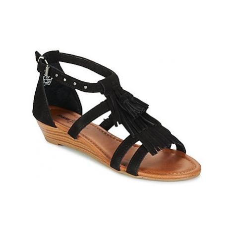 Minnetonka MARINA women's Sandals in Black