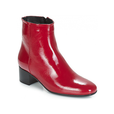 Betty London JOMELO women's Low Ankle Boots in Red