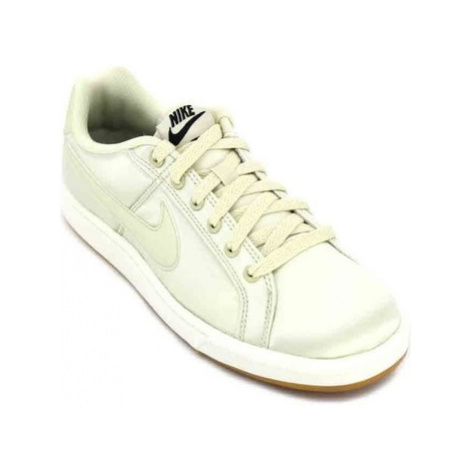 Nike WMNS Court Royale SE AA2170 Women's Sneakers women's Shoes (Trainers) in White