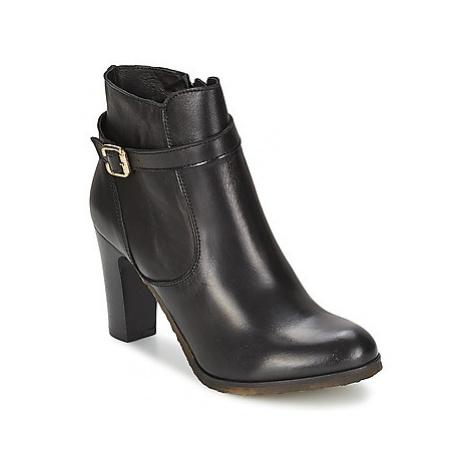 Lola Espeleta RABAT women's Low Ankle Boots in Black