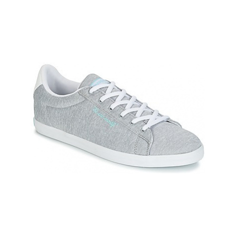 Le Coq Sportif AGATE LO TECH JERSEY women's Shoes (Trainers) in Grey