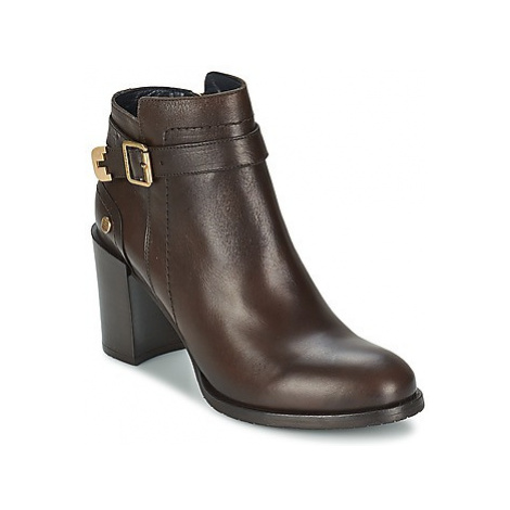 Tommy Hilfiger PENELOPE 3A women's Low Ankle Boots in Brown