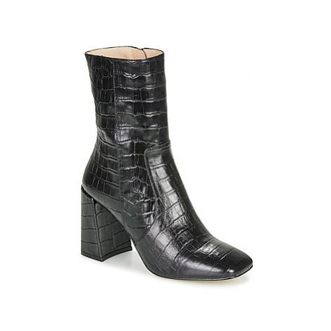 Jonak LUCKY women's Low Ankle Boots in Black