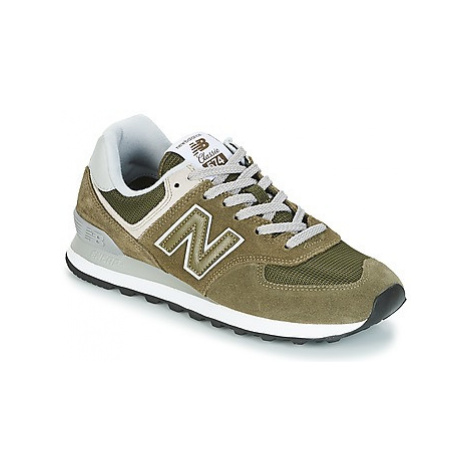 New Balance ML574 women's Shoes (Trainers) in Green