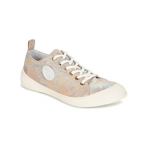 Pataugas ROCK-HO-OR women's Shoes (Trainers) in Gold