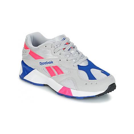 Reebok Classic AZTREK women's Shoes (Trainers) in Grey