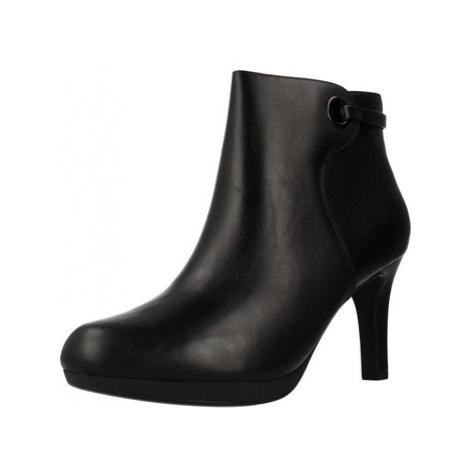 Clarks 26144417 women's Low Ankle Boots in Black