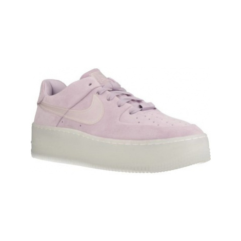 Nike AIR FORCE 1 women's Shoes (Trainers) in Purple