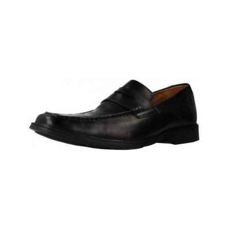 Clarks 26131583 men's Loafers / Casual Shoes in Black