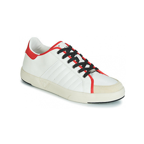 Guess COLLEGE men's Shoes (Trainers) in White
