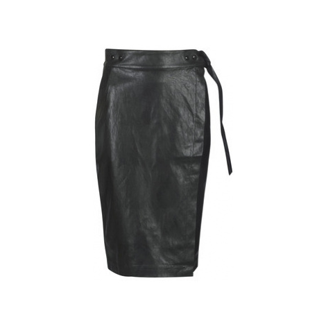 Replay W9310-000-83468-098 women's Skirt in Black