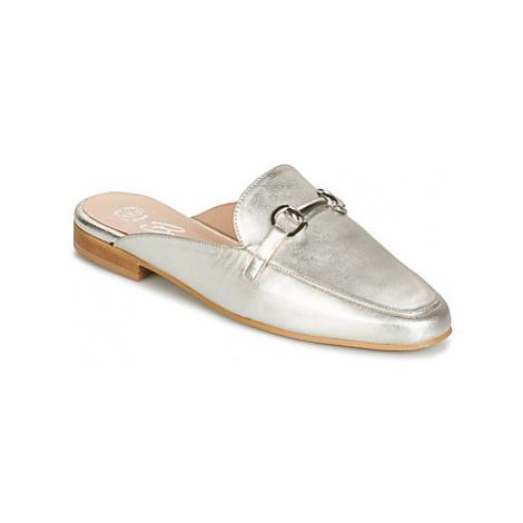 Betty London INKABU women's Mules / Casual Shoes in Silver