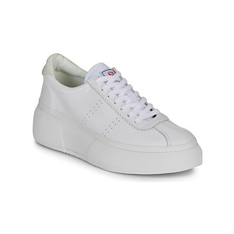 Superga 2822 CLUB 5 COMFLEAW women's Shoes (Trainers) in White