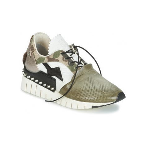 Airstep / A.S.98 DENALUX women's Shoes (Trainers) in Kaki