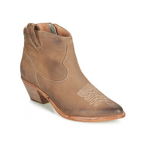 Les Tropéziennes par M Belarbi ZAEL women's Low Ankle Boots in Brown