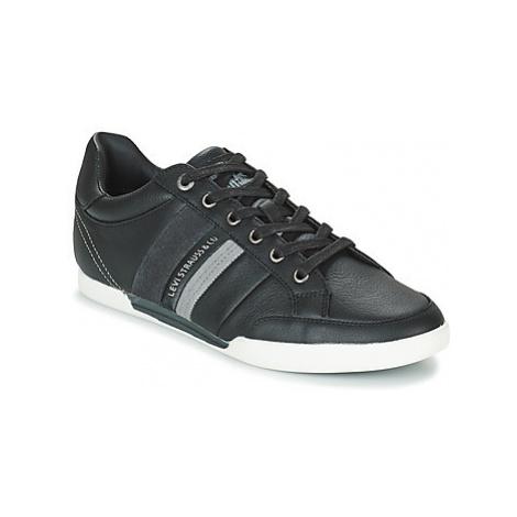 Levis TURLOCK men's Shoes (Trainers) in Black Levi´s