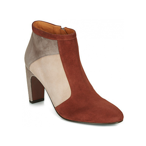 Chie Mihara EDAM women's Low Ankle Boots in Red