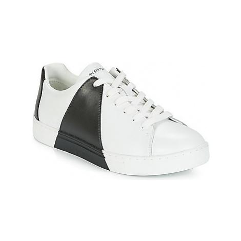 Emporio Armani ALDA women's Shoes (Trainers) in White