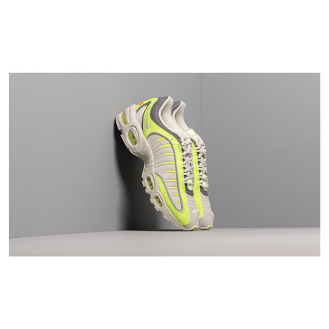 Nike Air Max Tailwind Iv Volt/ Light Bone-Gunsmoke-Barely Volt