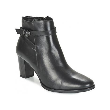 Betty London FARIANE women's Low Ankle Boots in Black