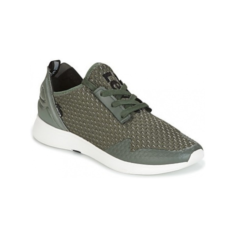 Levis BLACK TAB SNEAKER men's Shoes (Trainers) in Green Levi´s