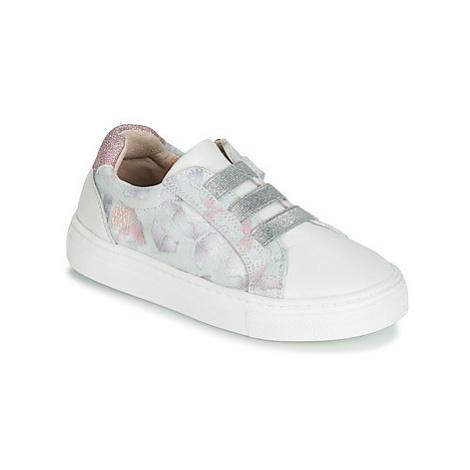Garvalin STAR girls's Children's Shoes (Trainers) in White Garvalín
