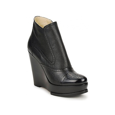 Etro WENDY women's Low Ankle Boots in Black