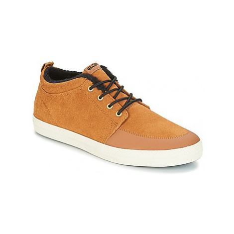 Globe GS Chukka men's Shoes (Trainers) in Brown