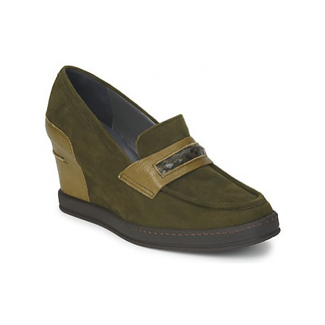 Stéphane Kelian GARA women's Loafers / Casual Shoes in Green