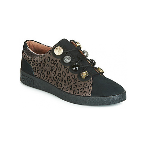 Mam'Zelle BERNAC women's Shoes (Trainers) in Brown