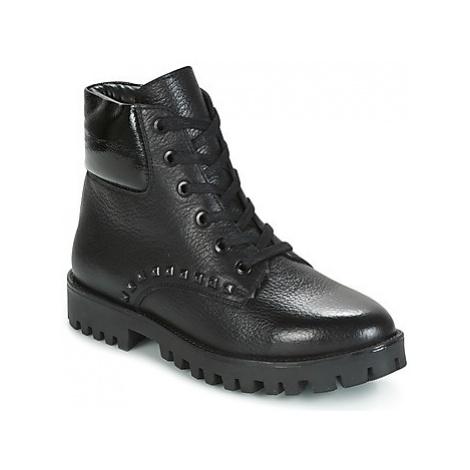 Maruti LUZIE women's Mid Boots in Black