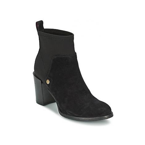 Tommy Hilfiger PENELOPE 4B women's Low Ankle Boots in Black