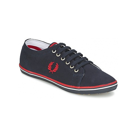 Fred Perry KINGSTON TWILL men's Shoes (Trainers) in Blue
