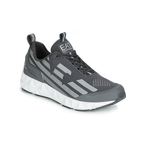 Emporio Armani EA7 ULTIMATE C2 KOMBAT U men's Shoes (Trainers) in Grey