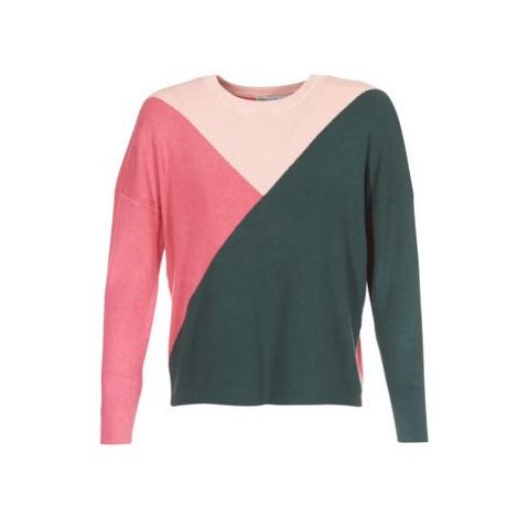 Only ONLSCARLETT women's Sweater in Green