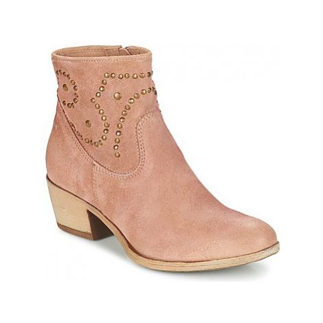 Dream in Green GIAVOLO women's Low Ankle Boots in Pink