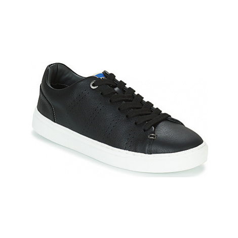 Levis VERNON SPORTSWEAR men's Shoes (Trainers) in Black Levi´s