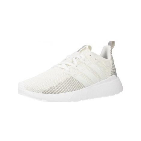 Adidas QUESTAR FLOW women's Shoes (Trainers) in Beige