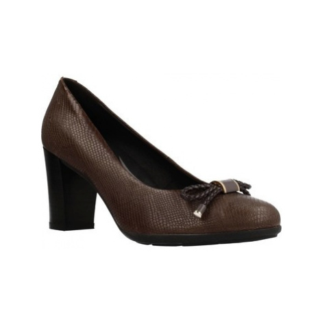 Geox D ANNYA women's Court Shoes in Brown