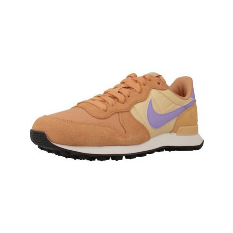 Nike INTERNATIONALIST women's Shoes (Trainers) in Brown