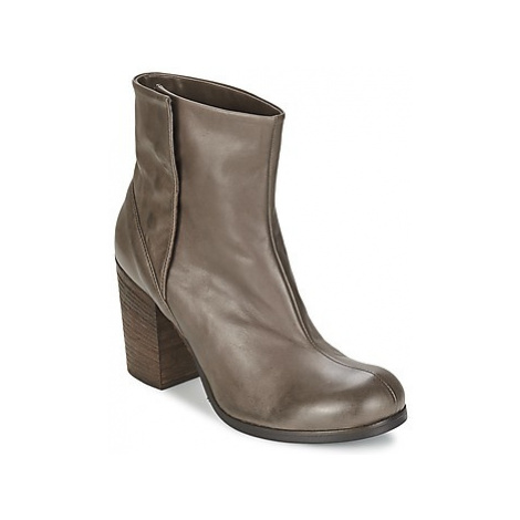 JFK CAOBA women's Low Ankle Boots in Brown