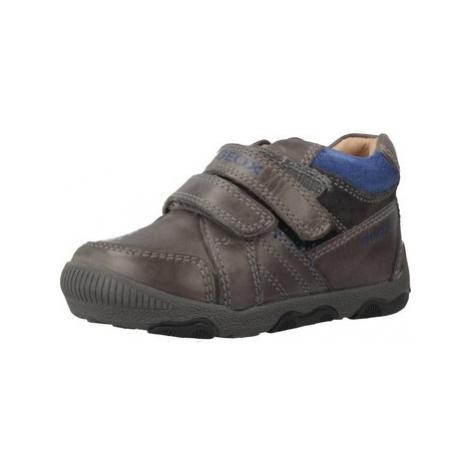 Geox B NEW BALU' BOY boys's Children's Shoes (Trainers) in Grey