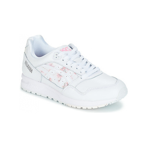 Asics GEL-SAGA SAKURA LEATHER women's Shoes (Trainers) in White