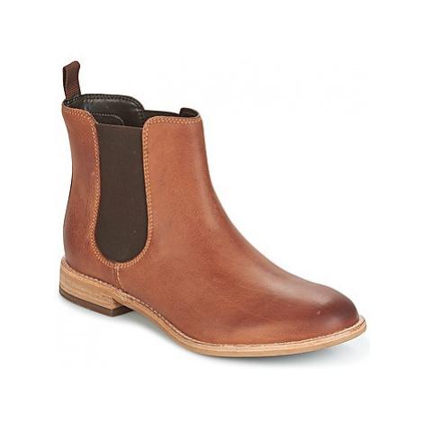 Clarks MAYPEARL NALA women's Mid Boots in Brown
