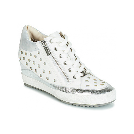 Mam'Zelle LINAIRE women's Shoes (High-top Trainers) in White
