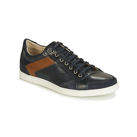 Casual Attitude JALIYADE men's Shoes (Trainers) in Blue
