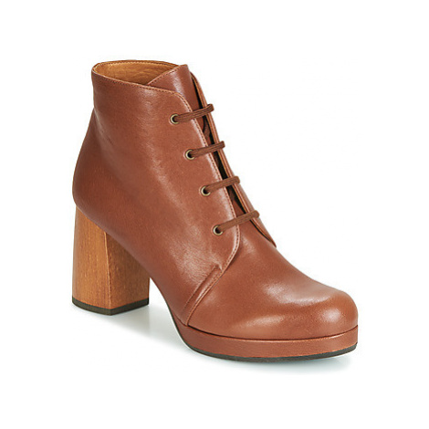 Chie Mihara GOIA34 women's Low Ankle Boots in Brown