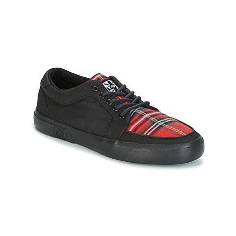 TUK VLK SNEACKER women's Shoes (Trainers) in Black T.U.K